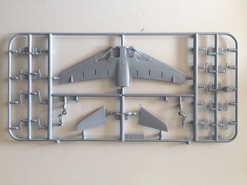Airfix 1:72 BAe Hawk  T.Mk.1A sprue  (Jets of the Cold  War)