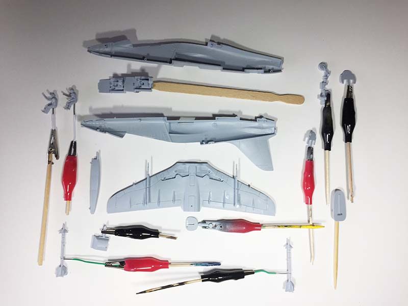 Airfix 1:72 BAe Hawk  T.Mk.1A initial construction and painting  (Jets of the Cold  War)