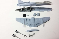Airfix 1:72 BAe Hawk  T.Mk.1A ready to build the fuselage  (Jets of the Cold  War)