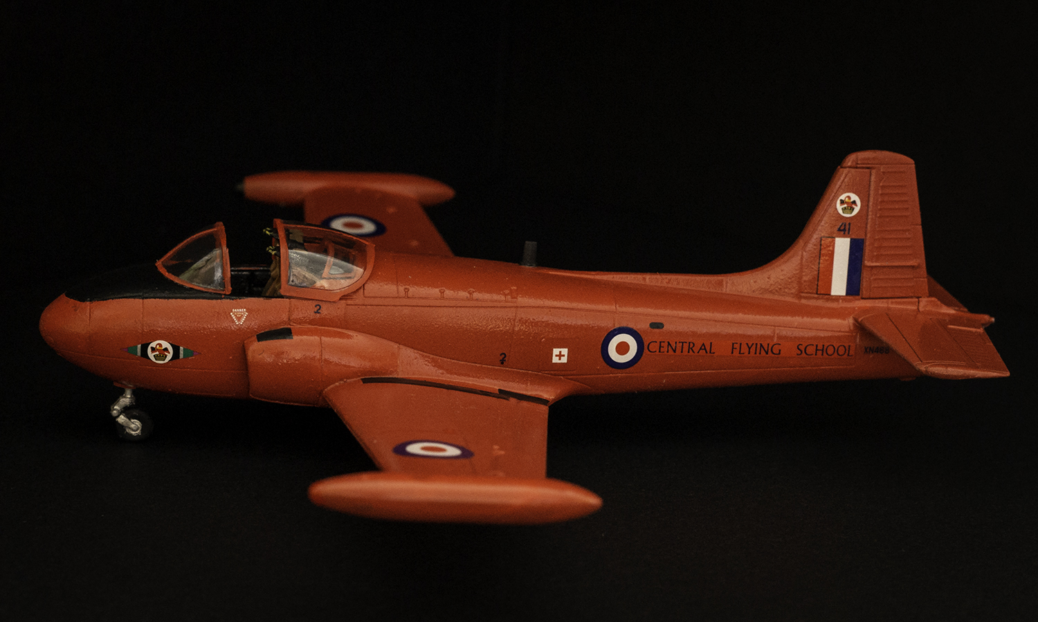 Airfix 1/72 RAF Red Pelican Jet Provost T4