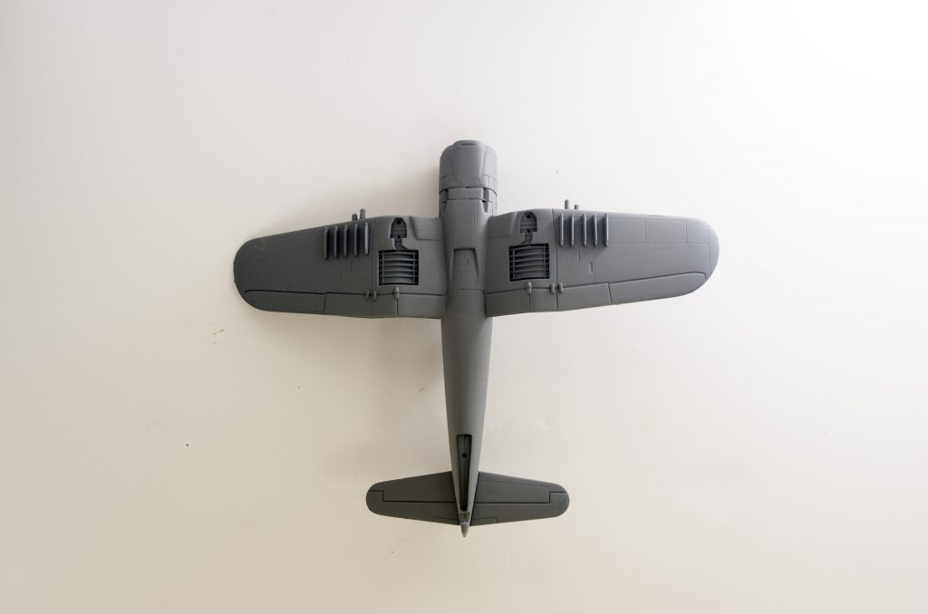 Italeri 1/72 F4U-7 Corsair primed, bottom half.