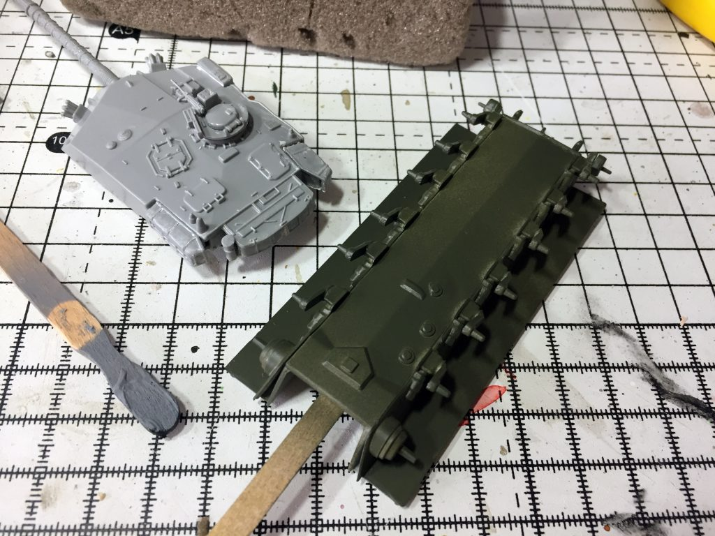 Green added to the lower hull of the Revell 1:76 Challenger 1.