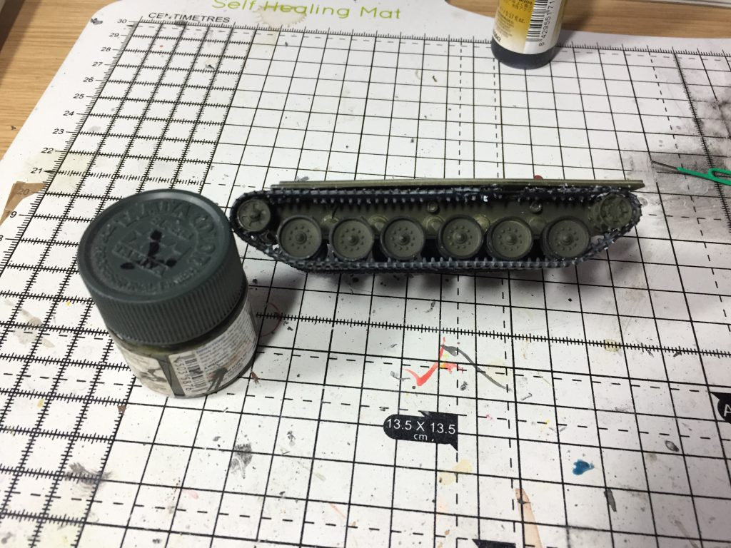Tracks being added to the Revell 1:76 Challenger 1