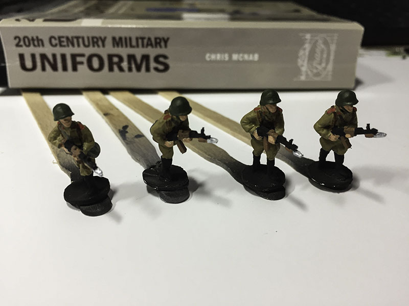 Elhiem 1:72 Soviet Motor Rile Infantry, ready for darks and highlights.